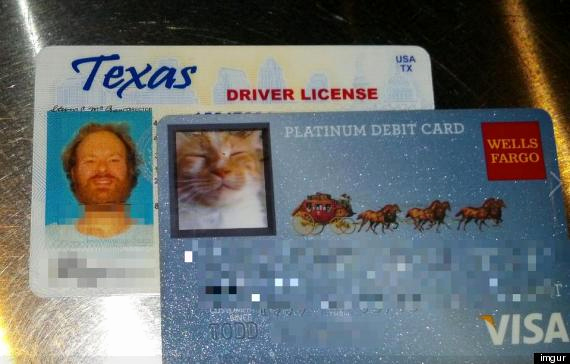 Cool Debit Card Designs New Wells Fargo Customer S Ingenious Cat Debit Card is Real