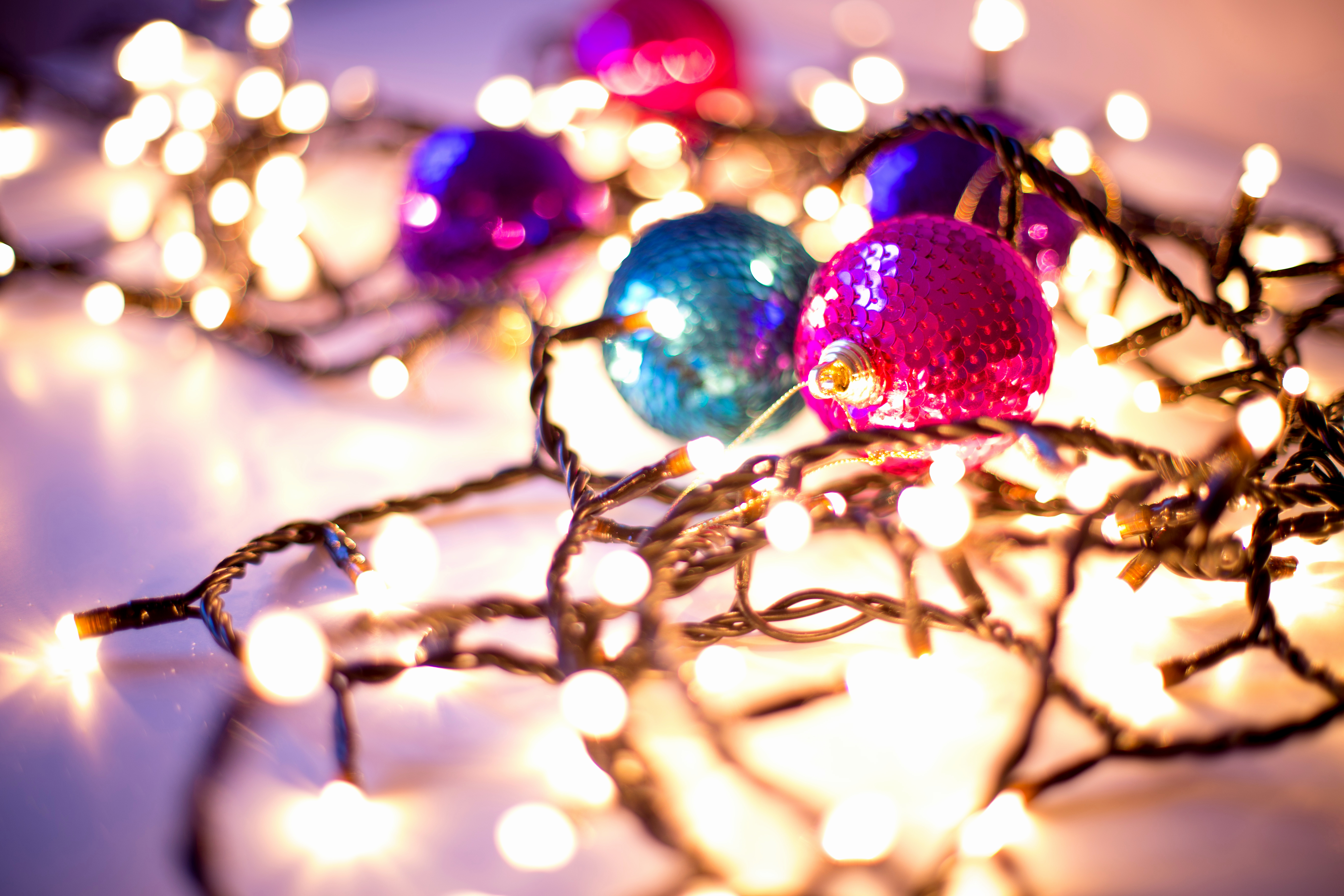 Free Christmas Desktop Wallpaper Awesome 16 Gorgeous Christmas & Holiday themed Bokeh Wallpapers