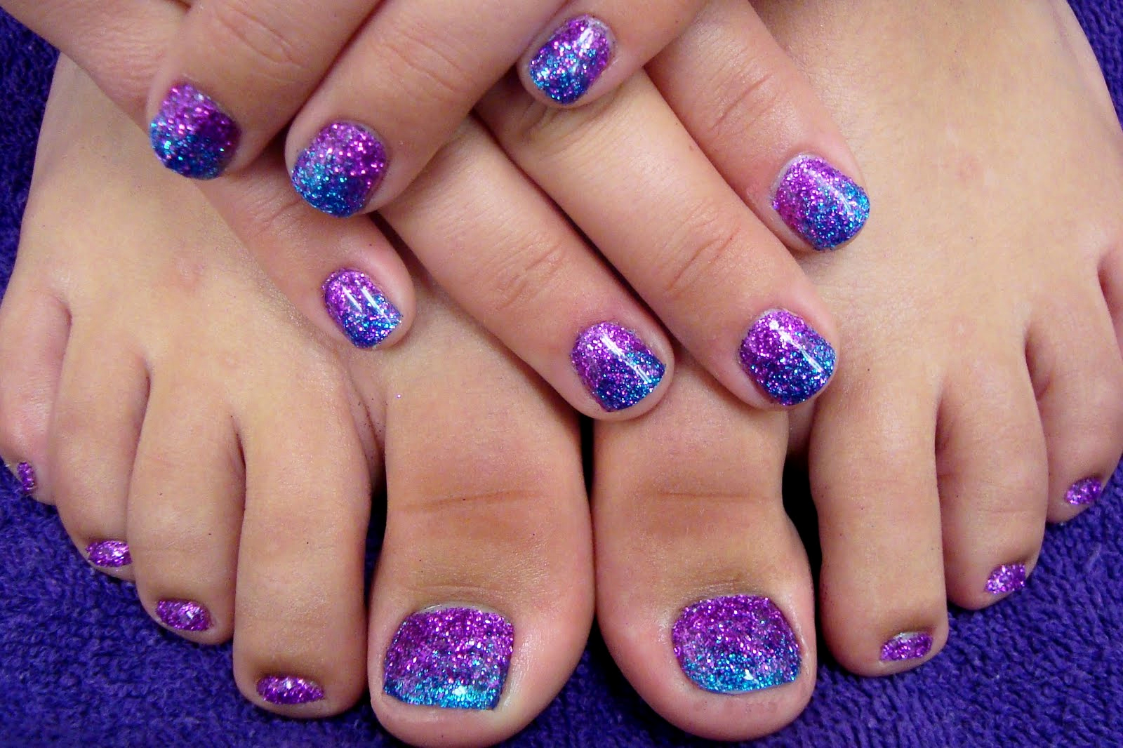 Toe Nail Art Designs New Full Sets Glitter toes Magic Manicure with Glitter Party